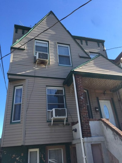 Jersey City NJ Single Family Home For Sale: $375,000