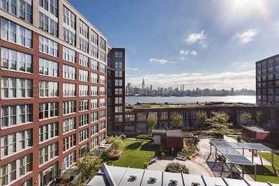 Hoboken NJ Condo/Townhouse For Sale: $915,000