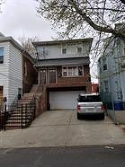Jersey City NJ Multi Family Home For Sale: $550,000