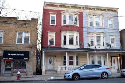 Jersey City Single Family Home For Sale: 3688 Kennedy Blvd