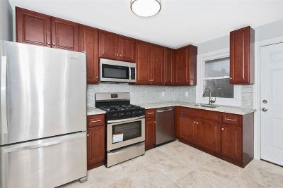 North Bergen Single Family Home For Sale: 1612 53rd St