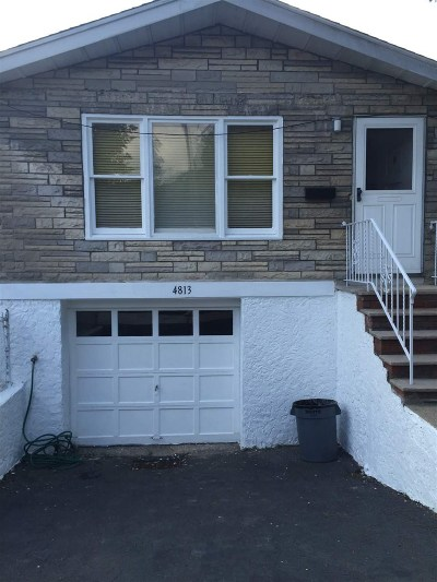 North Bergen Single Family Home For Sale: 4813 Meadowview Ave