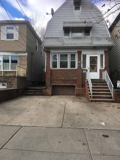 Bayonne Single Family Home For Sale: 773 Kennedy Blvd