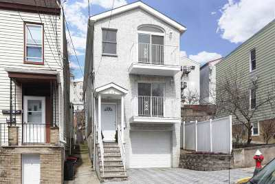 North Bergen Single Family Home For Sale: 1162 50th St