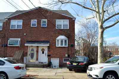 Jersey City Single Family Home For Sale: 35 Ferncliff Rd