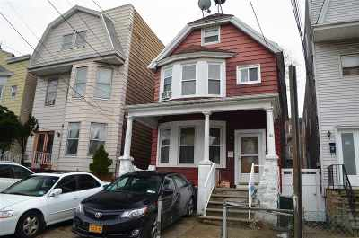 Jersey City Single Family Home For Sale: 51 Condict St