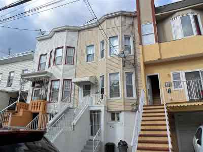 Jersey City Single Family Home For Sale: 156 Lexington Ave
