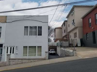 North Bergen Single Family Home For Sale: 1408 37th St