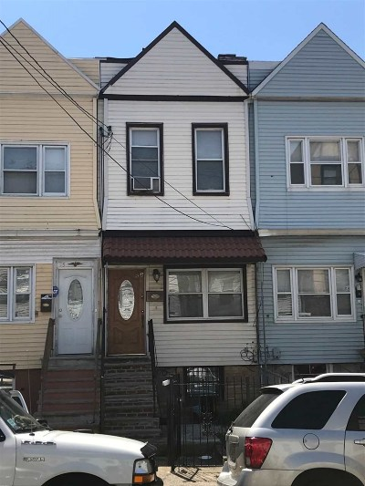 Jersey City Single Family Home For Sale: 75 Lexington Ave