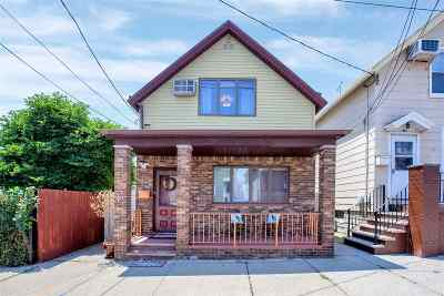 Bayonne Single Family Home For Sale: 24 Sisson Ct