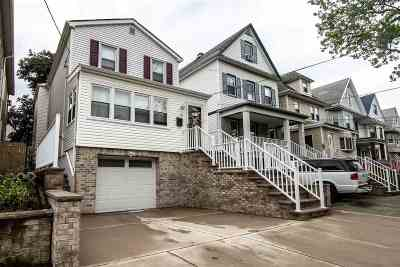 Bayonne Single Family Home For Sale: 36 East 40th St