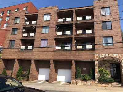 North Bergen Condo/Townhouse For Sale: 1906 Paterson Plank Rd #2D