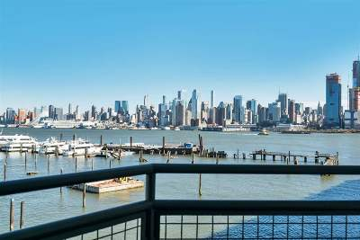 Weehawken Condo/Townhouse For Sale: 600 Harbor Blvd #965