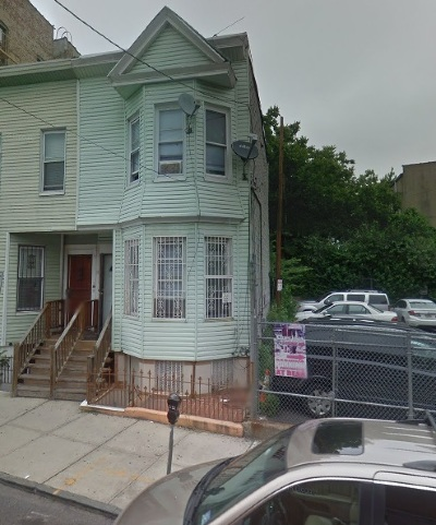 Jersey City Single Family Home For Sale: 80 Newkirk St