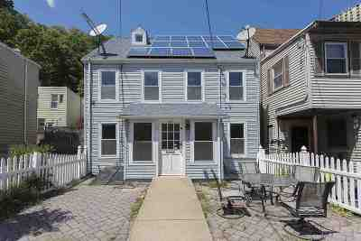 Weehawken Single Family Home For Sale: 58 Chestnut St