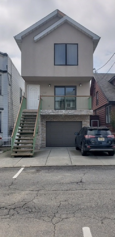 North Bergen Single Family Home For Sale: 9026 New York Ave