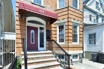 West New York Condo/Townhouse For Sale: 414 59th St #2ND FL