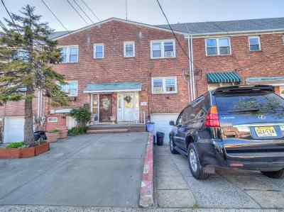 Jersey City NJ Single Family Home For Sale: $349,000