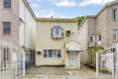 Jersey City NJ Single Family Home For Sale: $429,000