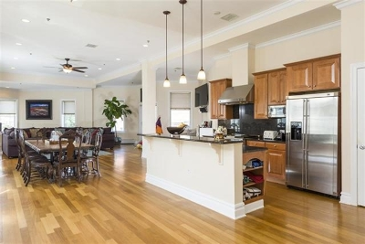 Weehawken Condo/Townhouse For Sale: 564 Gregory Ave #A5