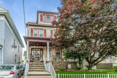 Bayonne Single Family Home For Sale: 22 East 3rd St