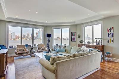 Weehawken Condo/Townhouse For Sale: 250 Henley Pl #308