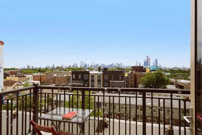 Union City Condo/Townhouse For Sale: 3312 Hudson Ave #4F