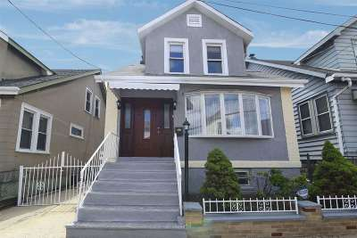 North Bergen Single Family Home For Sale: 7602 Smith Ave