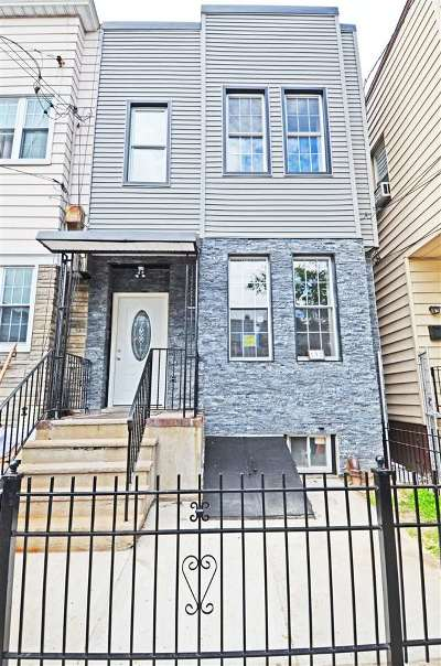 Jersey City NJ Single Family Home For Sale: $595,000