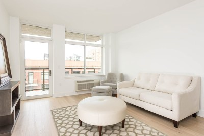 Hoboken NJ Condo/Townhouse For Sale: $865,000
