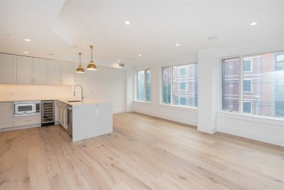 Hoboken NJ Condo/Townhouse For Sale: $1,099,000