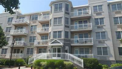 Jersey City NJ Condo/Townhouse For Sale: $279,900