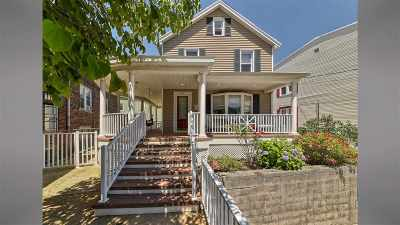 Bayonne Single Family Home For Sale: 577 Avenue E