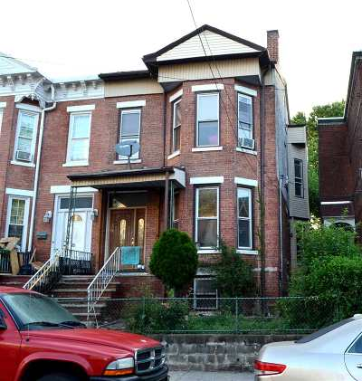 Jersey City Single Family Home For Sale: 86 Linden Ave