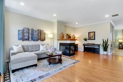 West New York Condo/Townhouse For Sale: 353 Oswego Ct #353