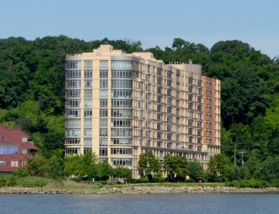 North Bergen Condo/Townhouse For Sale: 8100 River Rd #804