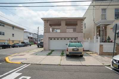 North Bergen Single Family Home For Sale: 4514 Liberty Ave