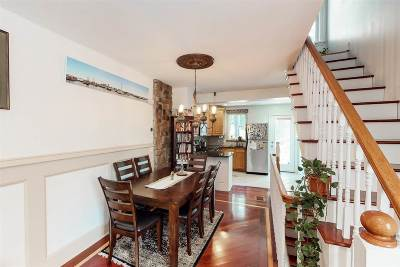 Jersey City Single Family Home For Sale: 366 5th St