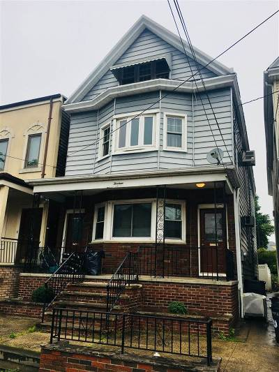 Bayonne Multi Family Home For Sale: 13 30th St