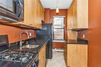 Bayonne Condo/Townhouse For Sale: 15 Broadway #45