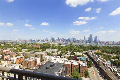 Union City Condo/Townhouse For Sale: 3312 Hudson Ave #PH7