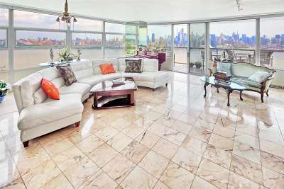 West New York Condo/Townhouse For Sale: 6050 Blvd East #18B