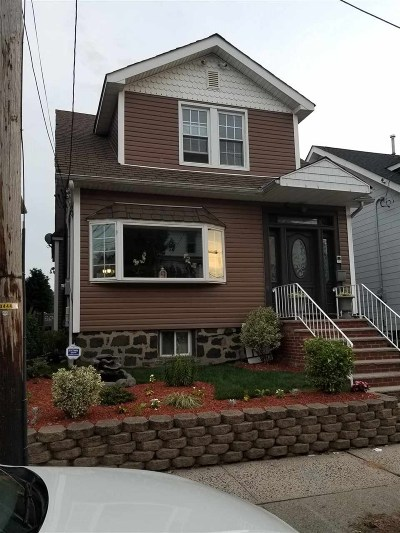 North Bergen Single Family Home For Sale: 815 90th St