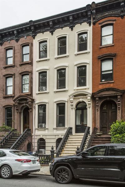 Jersey City Single Family Home For Sale: 264 Montgomery St