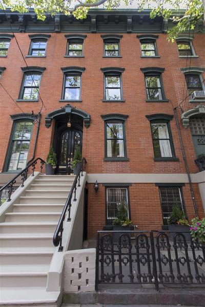 Jersey City Single Family Home For Sale: 139 Mercer St