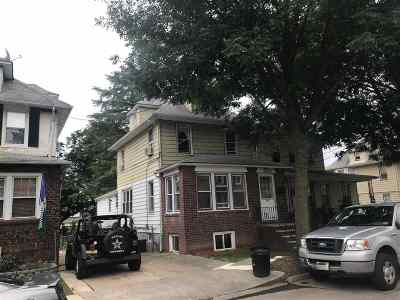 Ridgefield Park Multi Family Home For Sale: 17 Roosevelt Ave