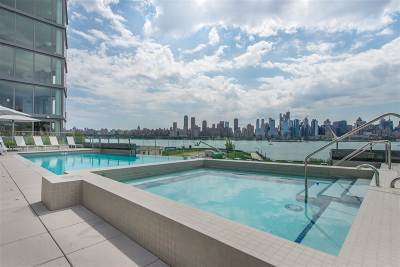 West New York Condo/Townhouse For Sale: 9 Avenue At Port Imperial #1108