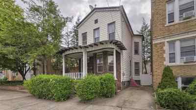 Bayonne Single Family Home For Sale: 898 Kennedy Blvd