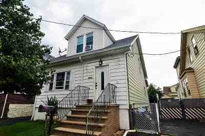 North Bergen Single Family Home For Sale: 7414 5th Ave