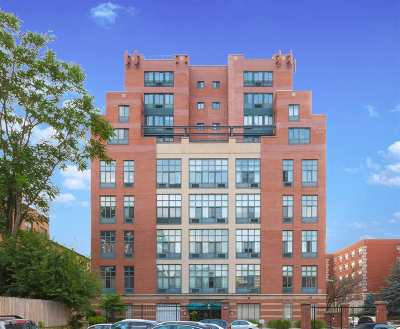 Jersey City NJ Condo/Townhouse For Sale: $859,000
